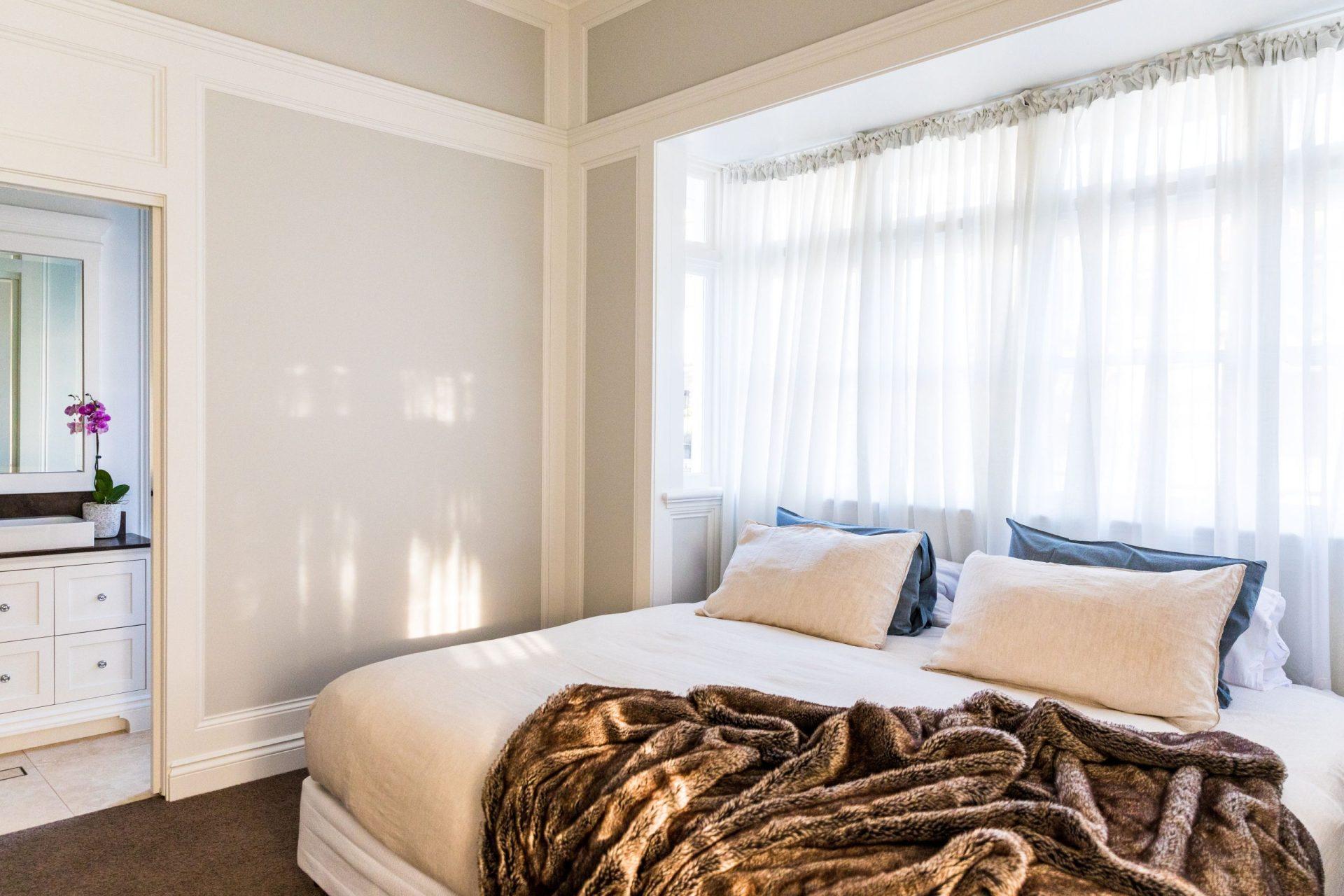 A big bed inside a bedroom